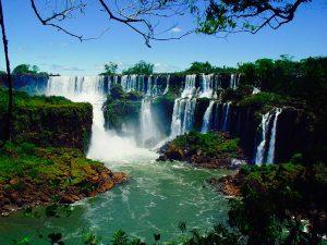 南米 イグアスの滝