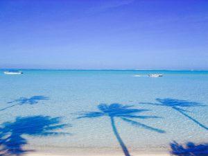 タヒチ ボラボラ島の浜辺