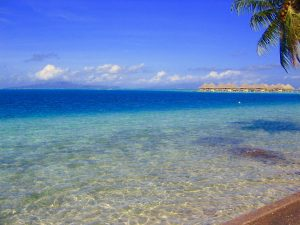 ボラボラ島 マティラ崎の 水上コテージ