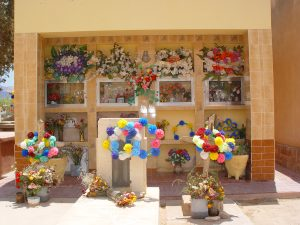 アルゼンチンのカラフルなお墓