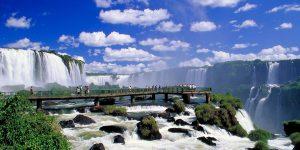イグアスの滝 展望台 画像提供:http://image.rakuten.co.jp/